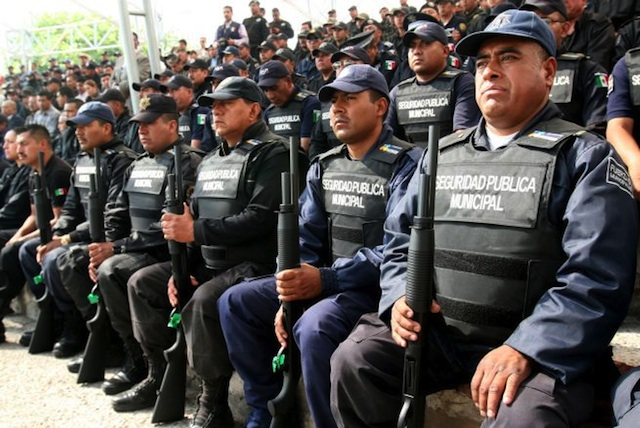 policia-mexico_renato_sales