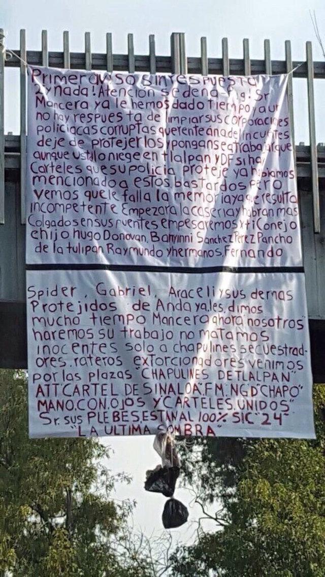 Manta colocada sobre avenida Insurgentes, Tlalpan.