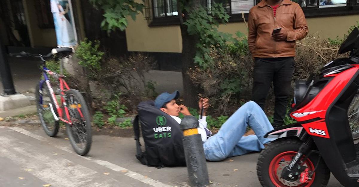 UberEATS y la denuncia en internet: adiós derechos laborales