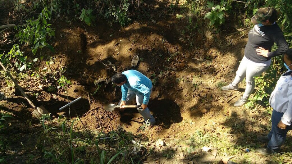 Ya suman más de 30 cuerpos en fosas en Nayarit y el gobierno se deslinda