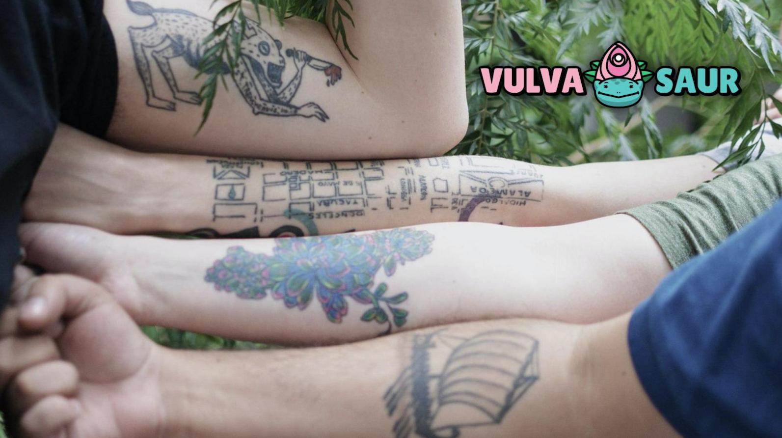Vulvasaur, Tatuajes