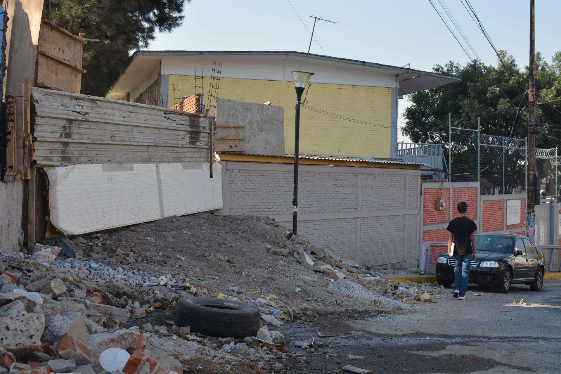 Casi 500 escuelas de la CDMX todavía tienen daños por sismos