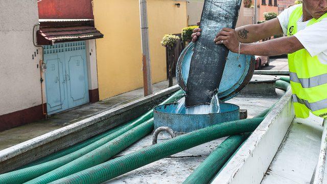 ¿Cómo puedes pedir una pipa de agua en CDMX y el Estado de México?. Noticias en tiempo real