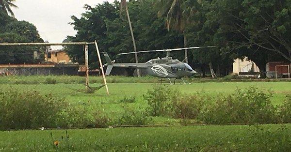 Helicóptero impide regreso a clases en secundaria de Oaxaca
