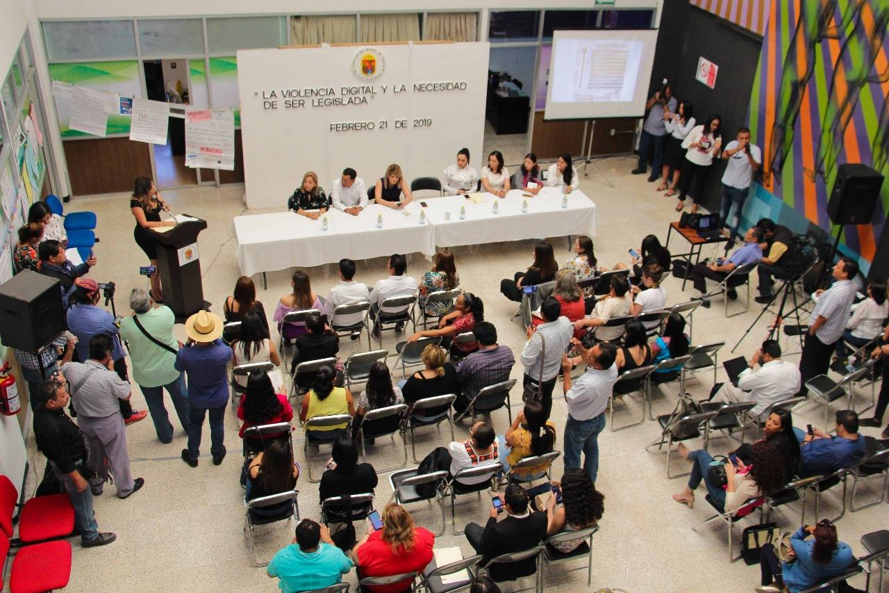 """En Chiapas se podría pasar la """"Ley Olimpia"""" para combatir la violencia sexual digital"""