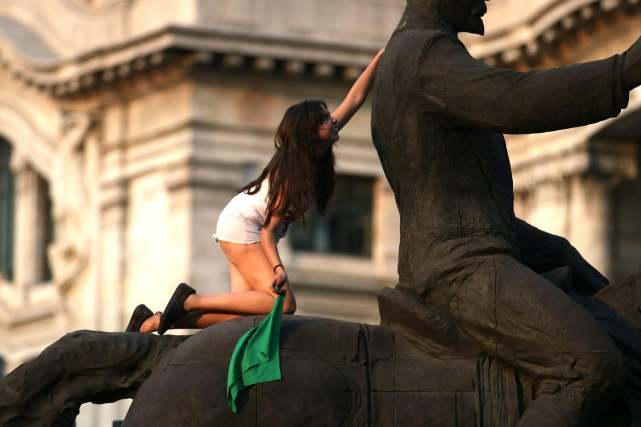 día de la mujer México, Pañuelo verde, Madero, 8 de marzo, mujer, 8M, Marcha 8m,