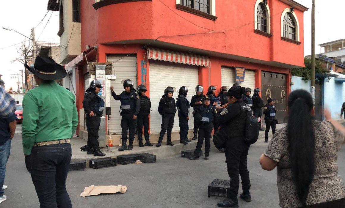 Fin de carnaval en Iztapalapa acaba en balacera: 1 muerto y 10 heridos