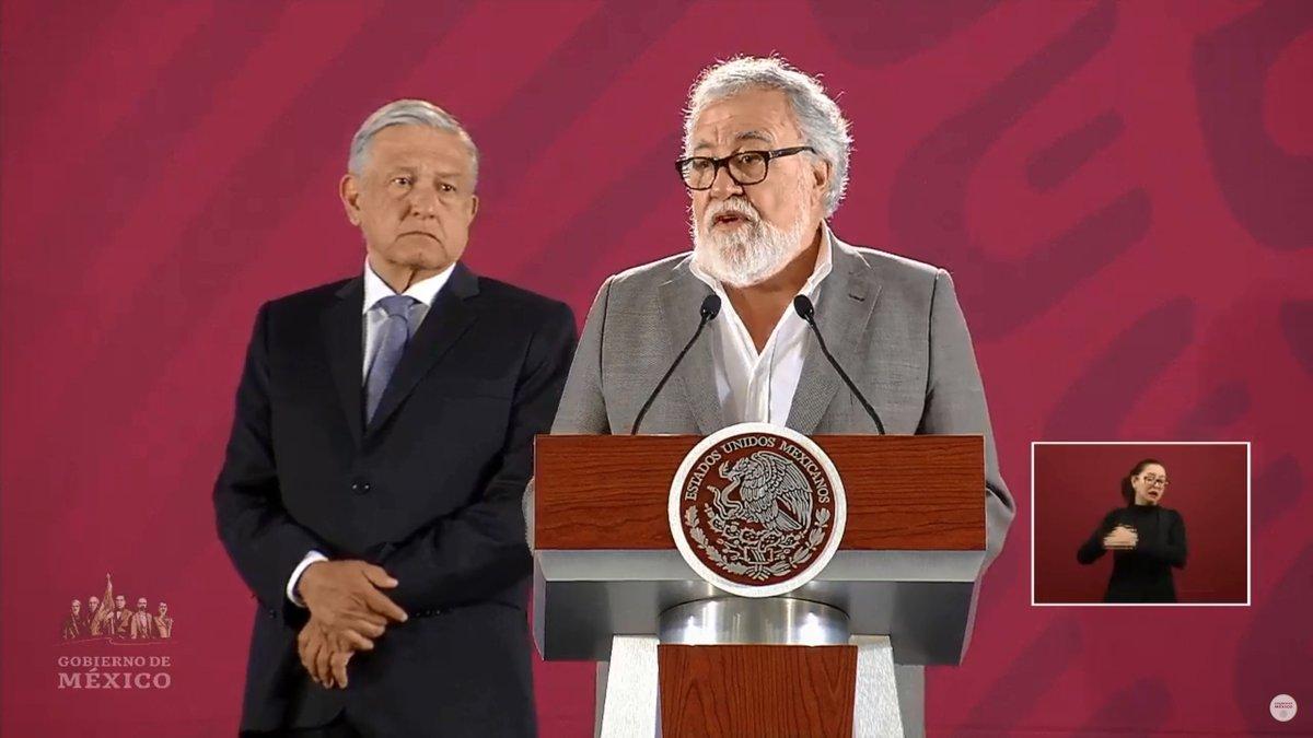 Alejandro Encinas presenta informe de fosas clandestinas