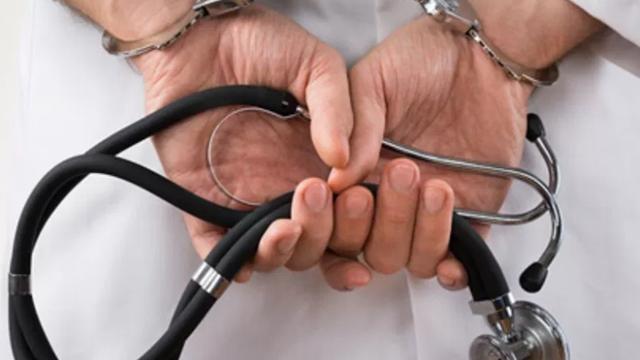 24/06/19 Objeción, Conciencia, Ética, Médicos/ doctor preso
