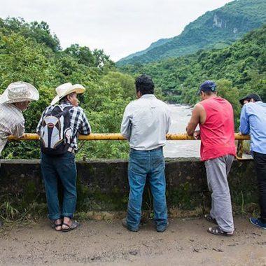 Cadena de autoservicios quita agua a comunidades indígenas